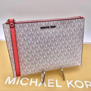 Michael Kors Jet Set Travel XL Zip Clutch Wristlet